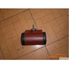 Grader wheel cylinder